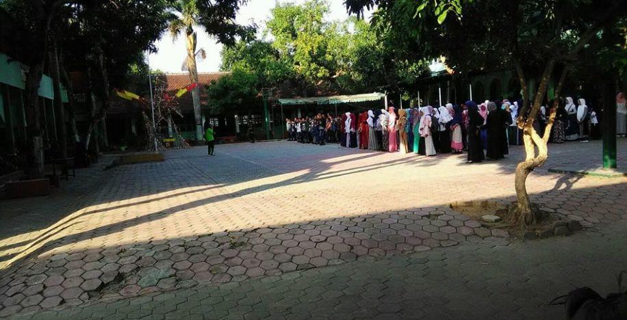 MTsN 2 Bondowoso Unggul Dalam Mutu, Santun Dalam Prilaku, Berjiwa Islami