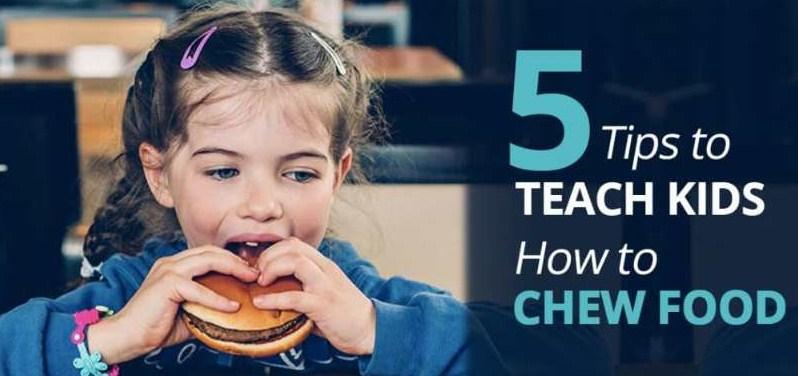 Cara Mengajari Anak Mengunyah Makanan