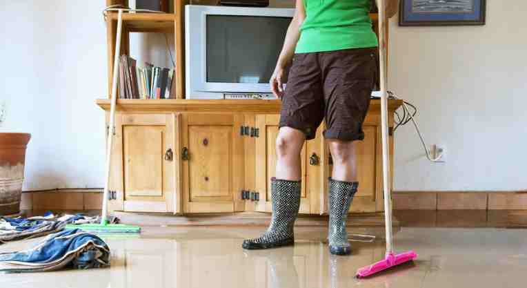 6 Tindakan yang Harus Dilakukan Setelah Banjir Rumah