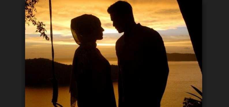 9 Kebiasaan Suami Yang di Sukai Istri, Istri Akan Rela Suami Nambah Jatah Malam Kapan Saja
